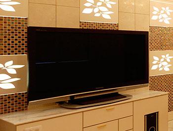 大型ワイドTV